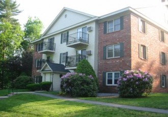 Oak Hill Condominiums